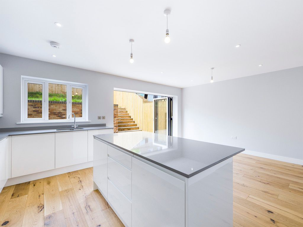 4 bed house for sale in Plot 1 Windrush Place  - Property Image 8
