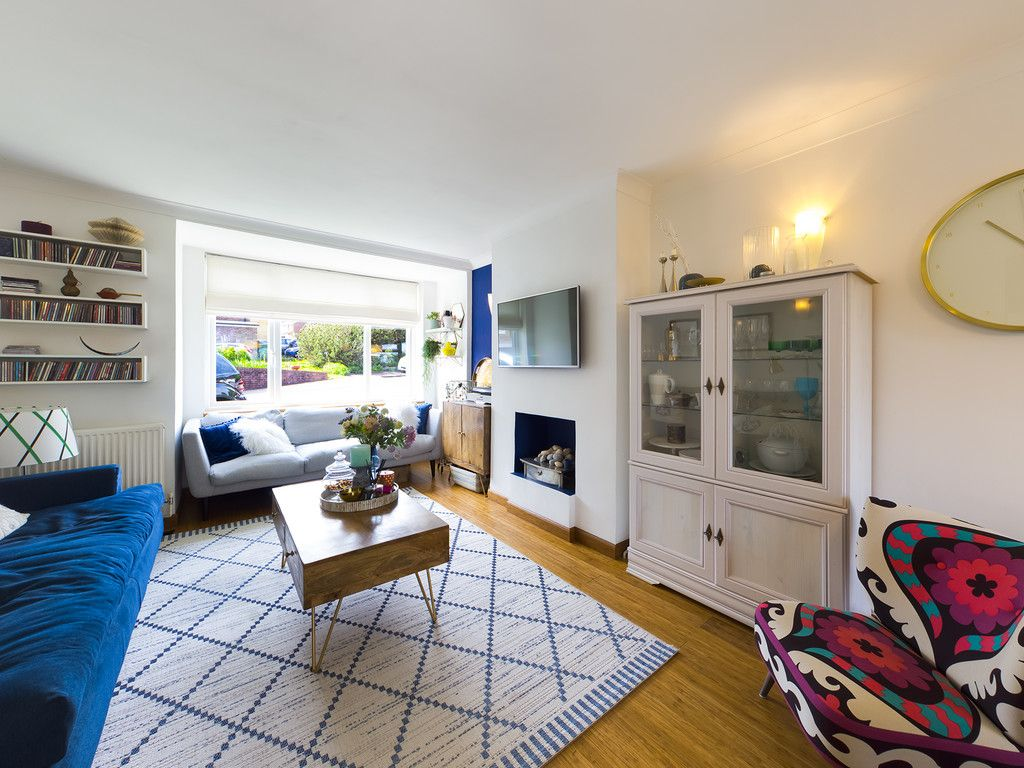 3 bed house for sale in Mount Close, High Wycombe  - Property Image 15