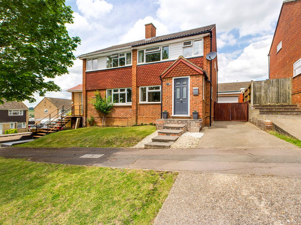 3 bed house for sale in Tamar Close, Loudwater, HP13