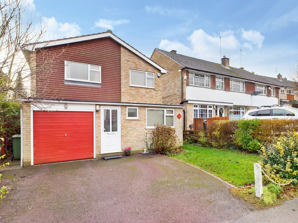 4 bed house for sale in Ashley Drive, Penn, HP10