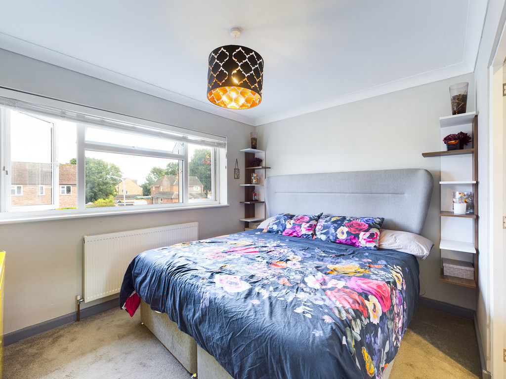 4 bed house for sale in Cedar Avenue, Hazlemere 11