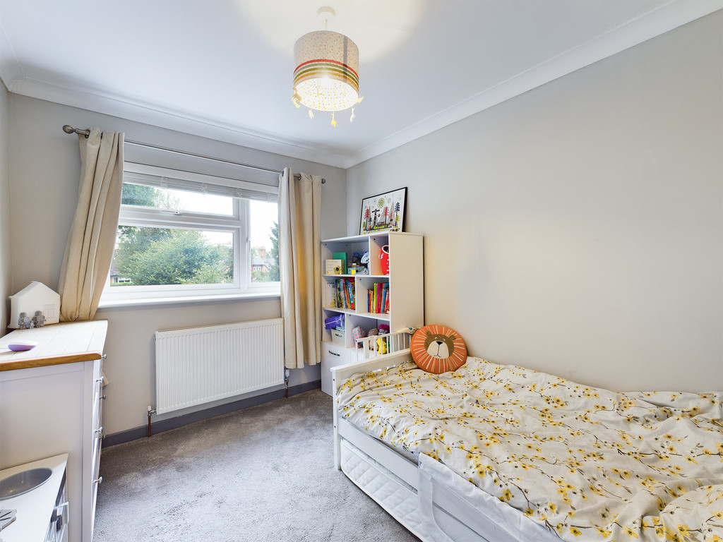 4 bed house for sale in Cedar Avenue, Hazlemere 12