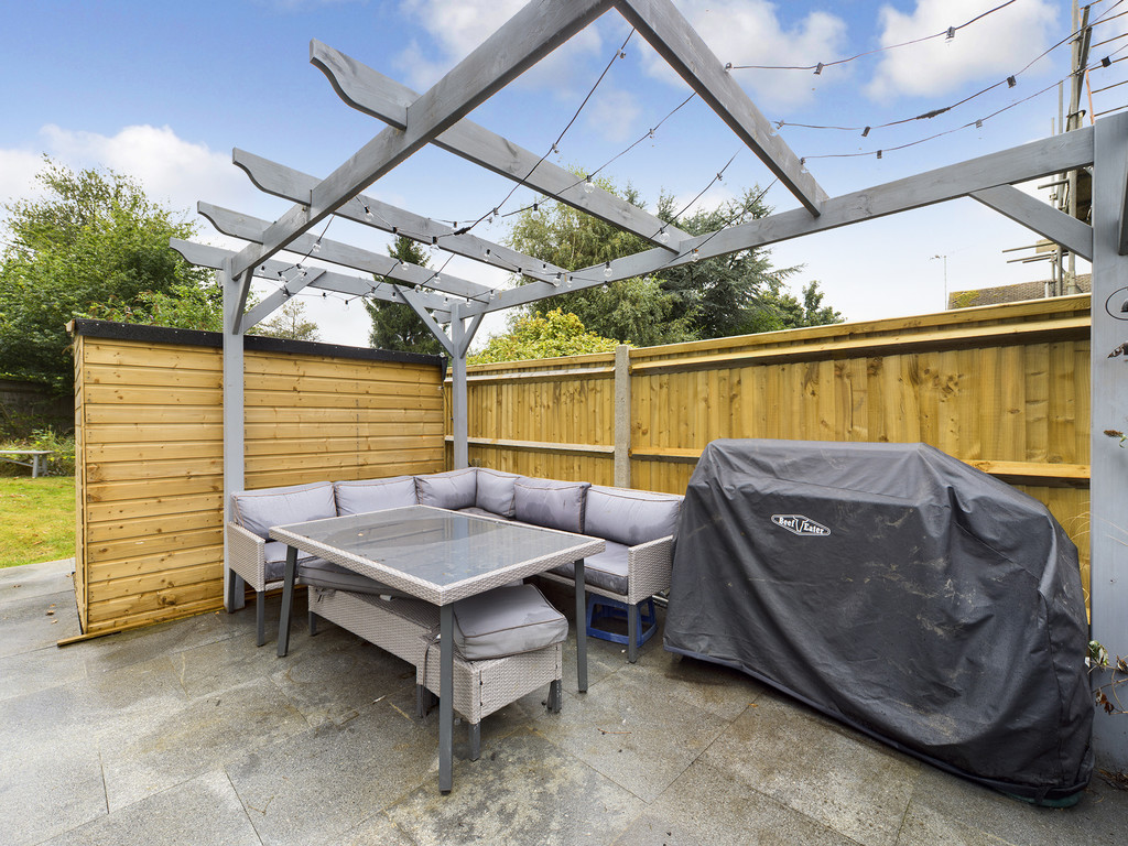4 bed house for sale in Cedar Avenue, Hazlemere 8