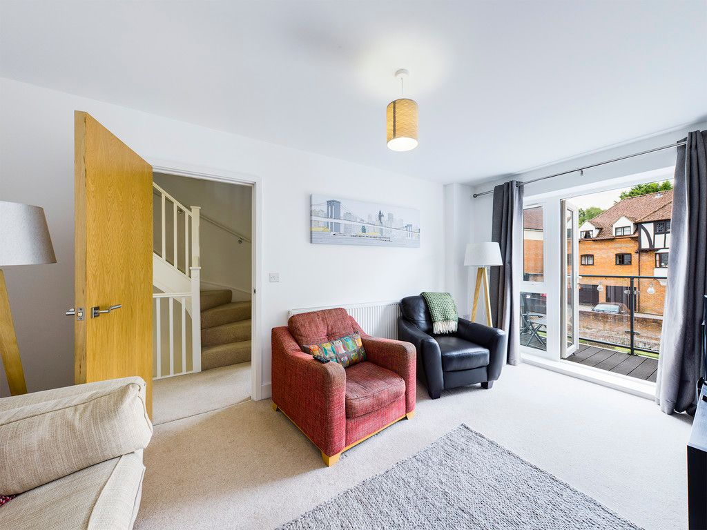4 bed house for sale in Wyestream, Bassetsbury Lane  - Property Image 13