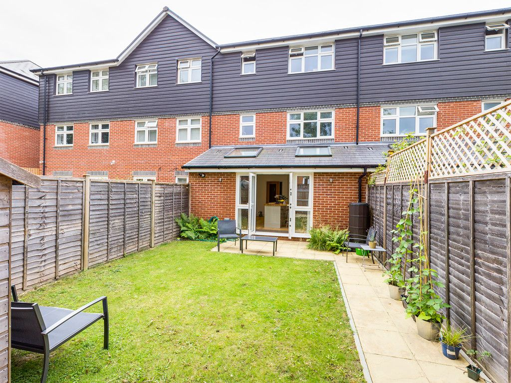 4 bed house for sale in Wyestream, Bassetsbury Lane 4