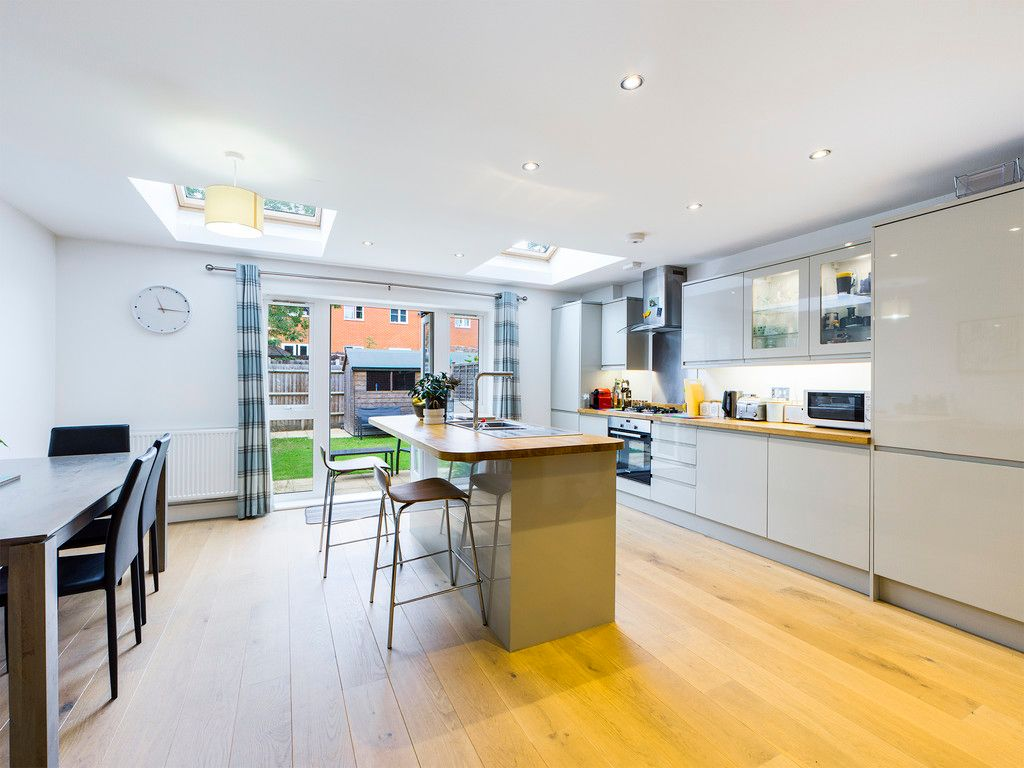 4 bed house for sale in Wyestream, Bassetsbury Lane 7