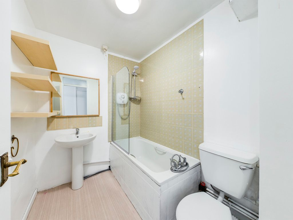 1 bed flat to rent  - Property Image 5