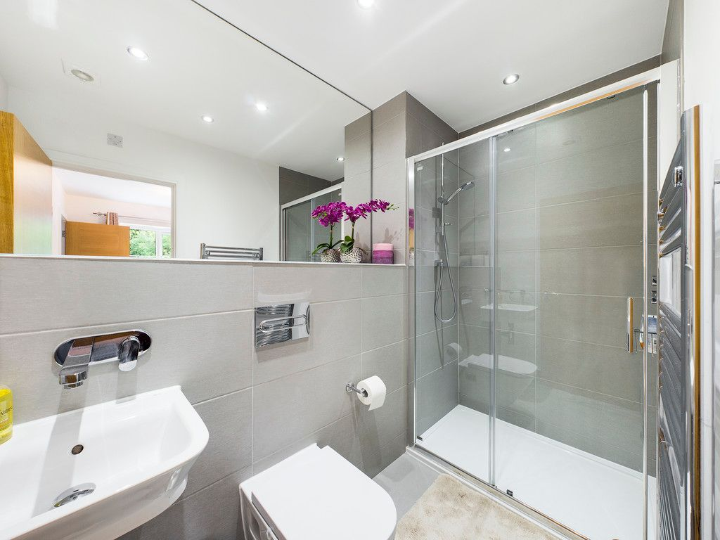 5 bed house to rent in Sierra Road, High Wycombe  - Property Image 16