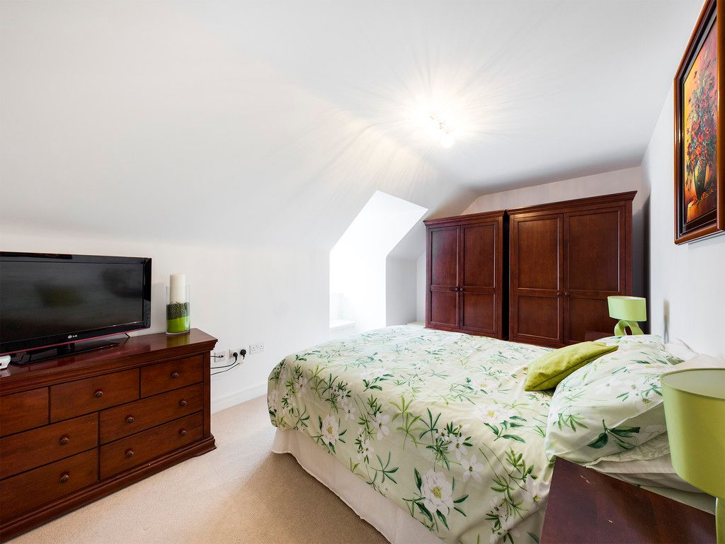 5 bed house to rent in Sierra Road, High Wycombe  - Property Image 19