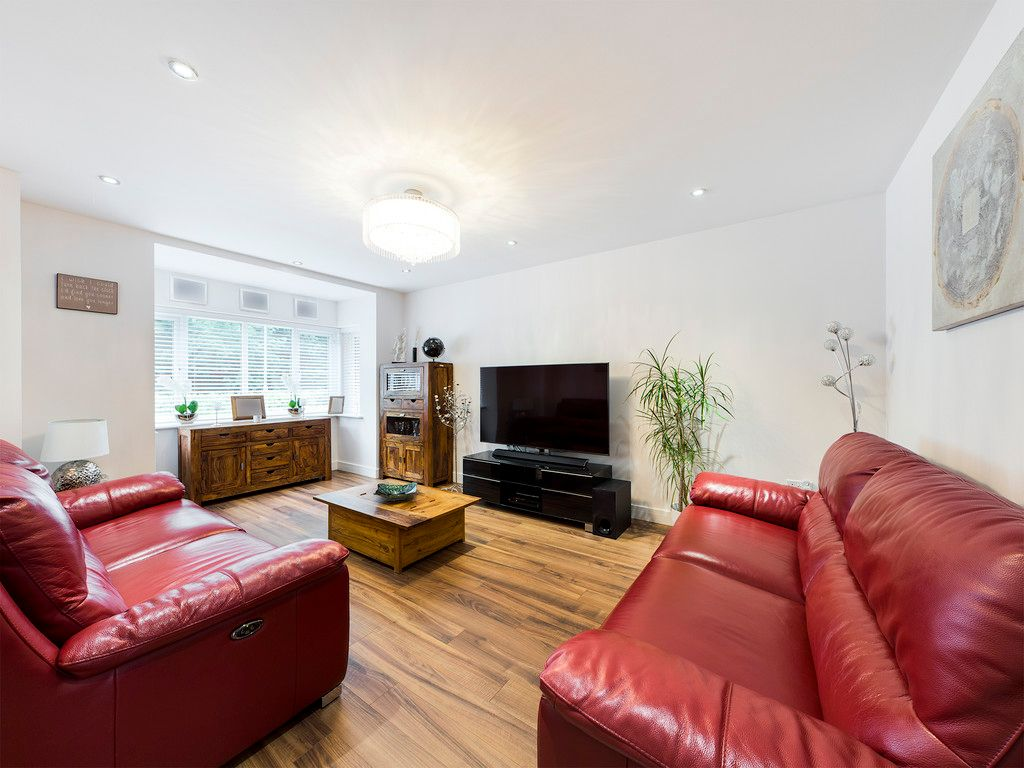 5 bed house to rent in Sierra Road, High Wycombe  - Property Image 6