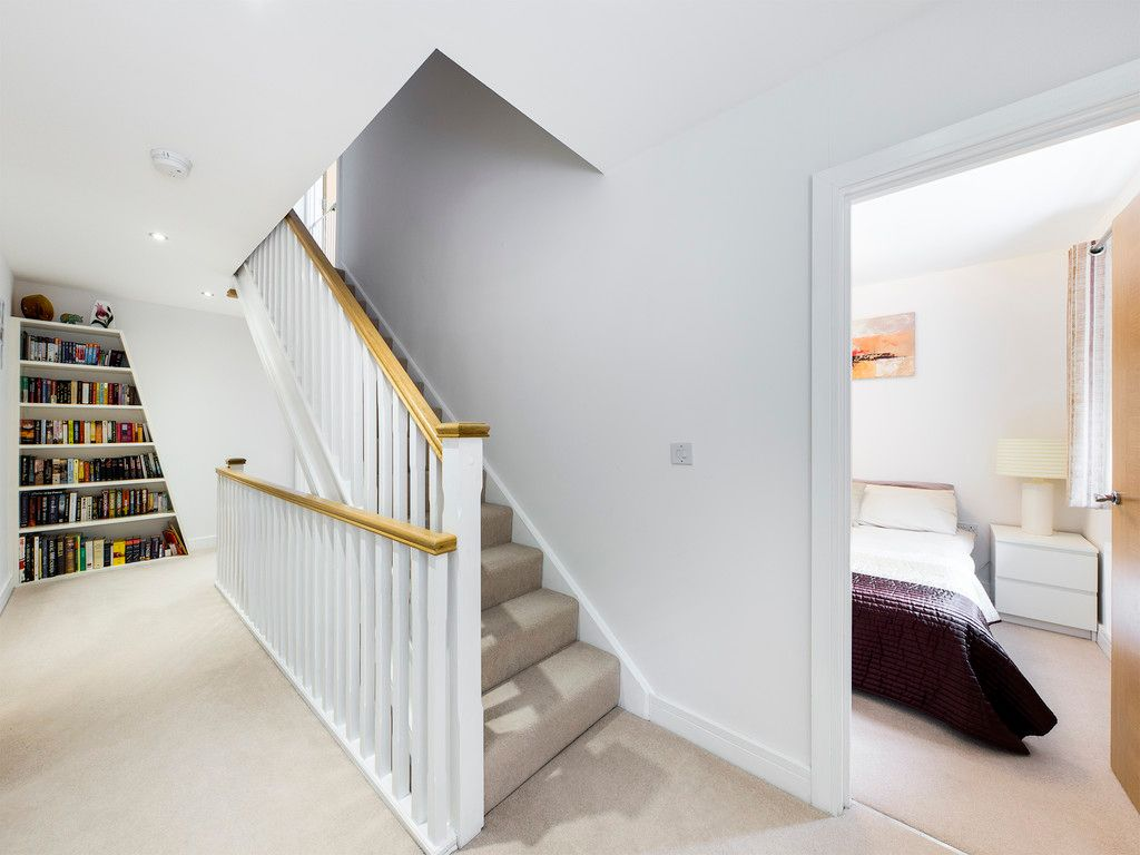 5 bed house to rent in Sierra Road, High Wycombe  - Property Image 8
