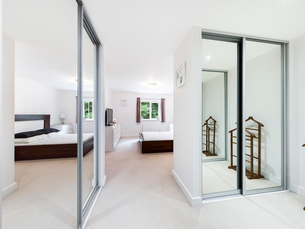 5 bed house to rent in Sierra Road, High Wycombe  - Property Image 10