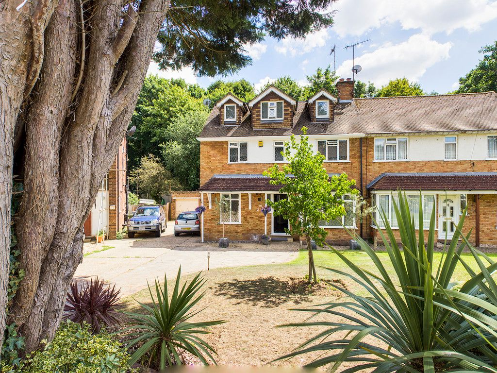 4 bed house for sale, HP15