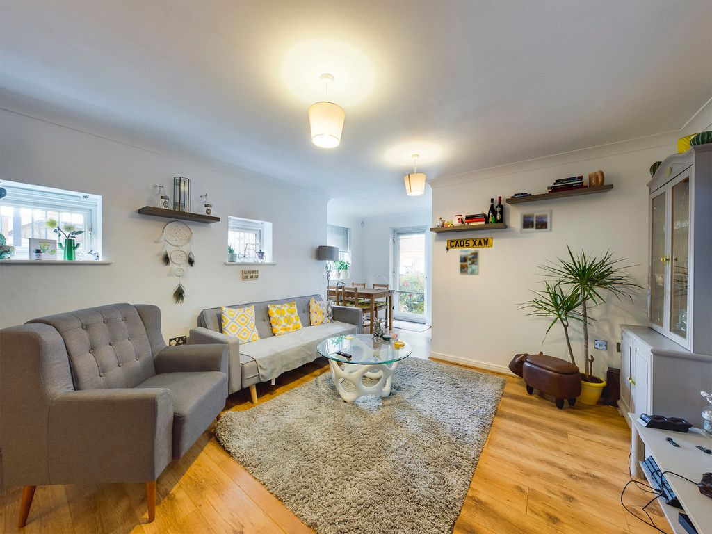 2 bed flat for sale in St Johns View, West End Road  - Property Image 3