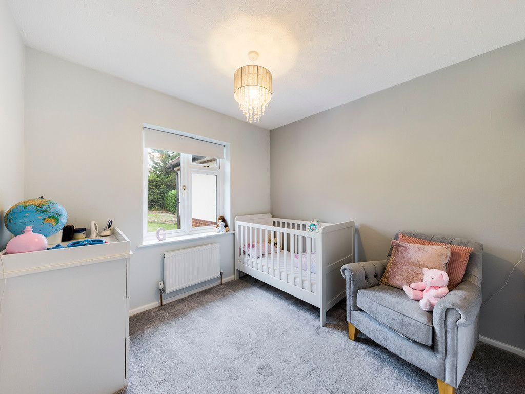 4 bed house for sale in Tennyson Road, High Wycombe  - Property Image 8