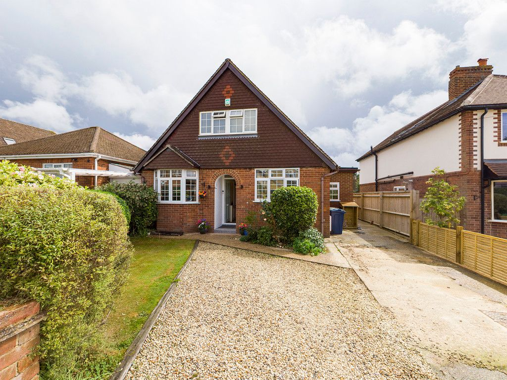 5 bed house for sale in Rushmoor Avenue, Hazlemere  - Property Image 1