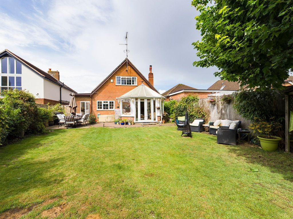 5 bed house for sale in Rushmoor Avenue, Hazlemere  - Property Image 14