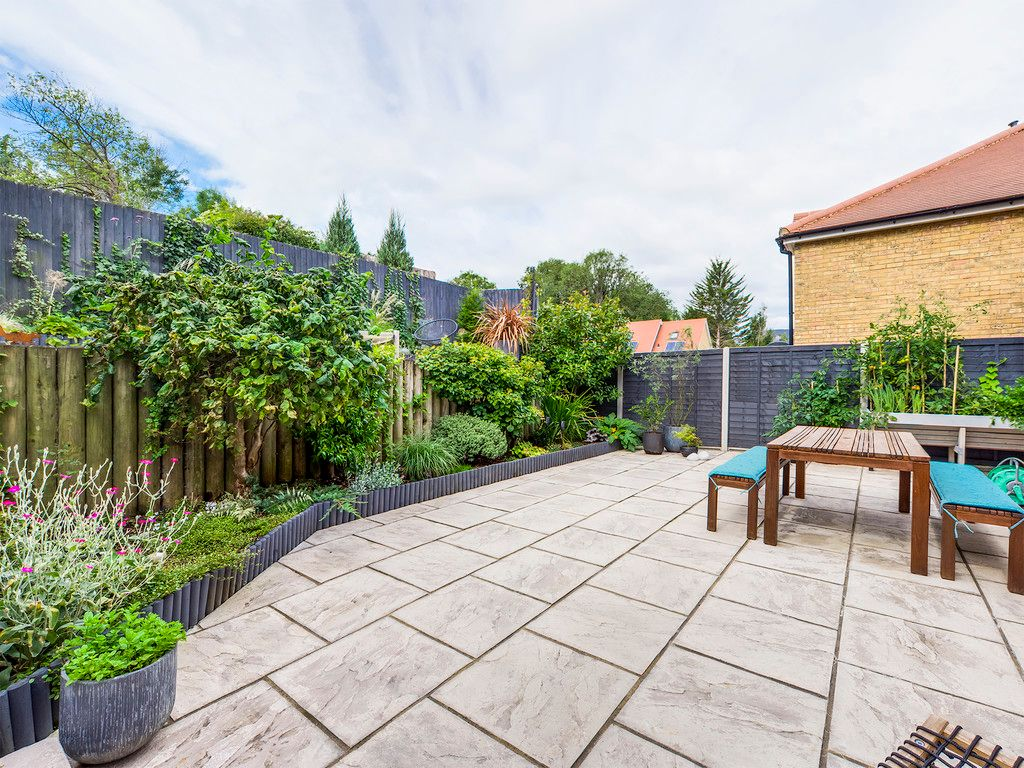 4 bed house for sale in Kingsmead Road, High Wycombe  - Property Image 3