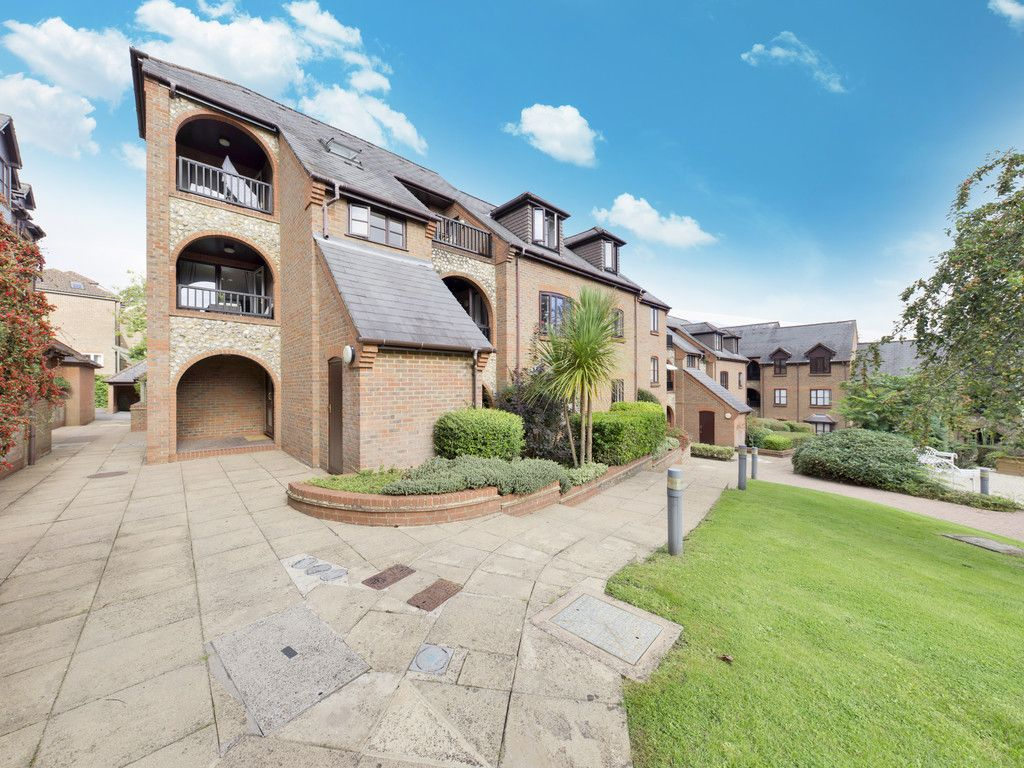 1 bed flat for sale in Kingsmead Road, High Wycombe  - Property Image 13
