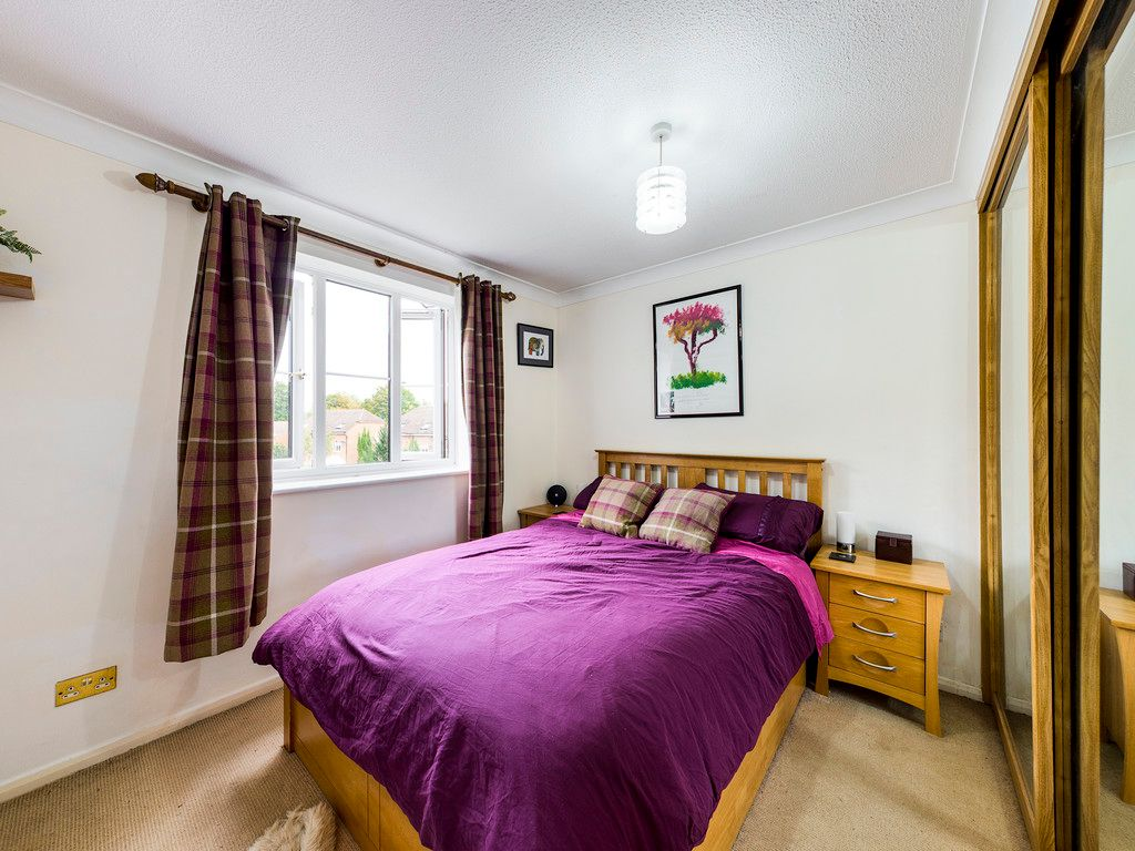1 bed flat for sale in Kingsmead Road, High Wycombe 7