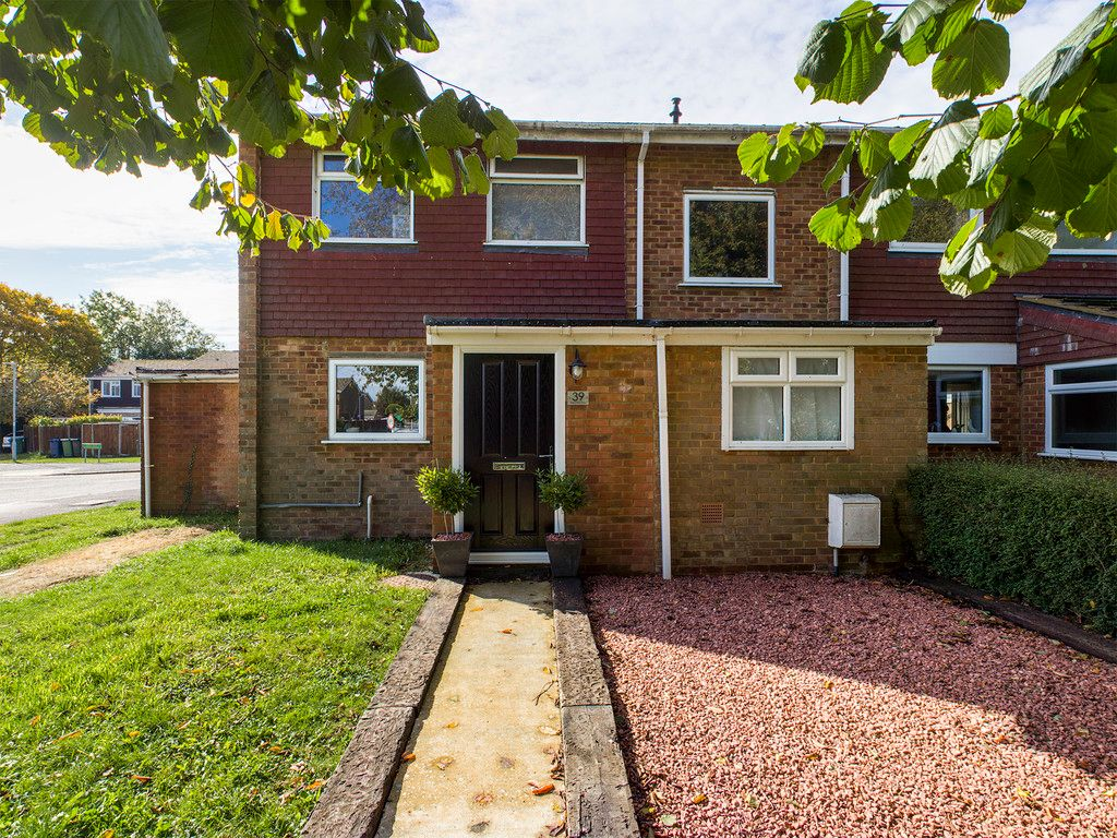 4 bed house for sale in Beechfield Way, Hazlemere, High Wycombe, HP15