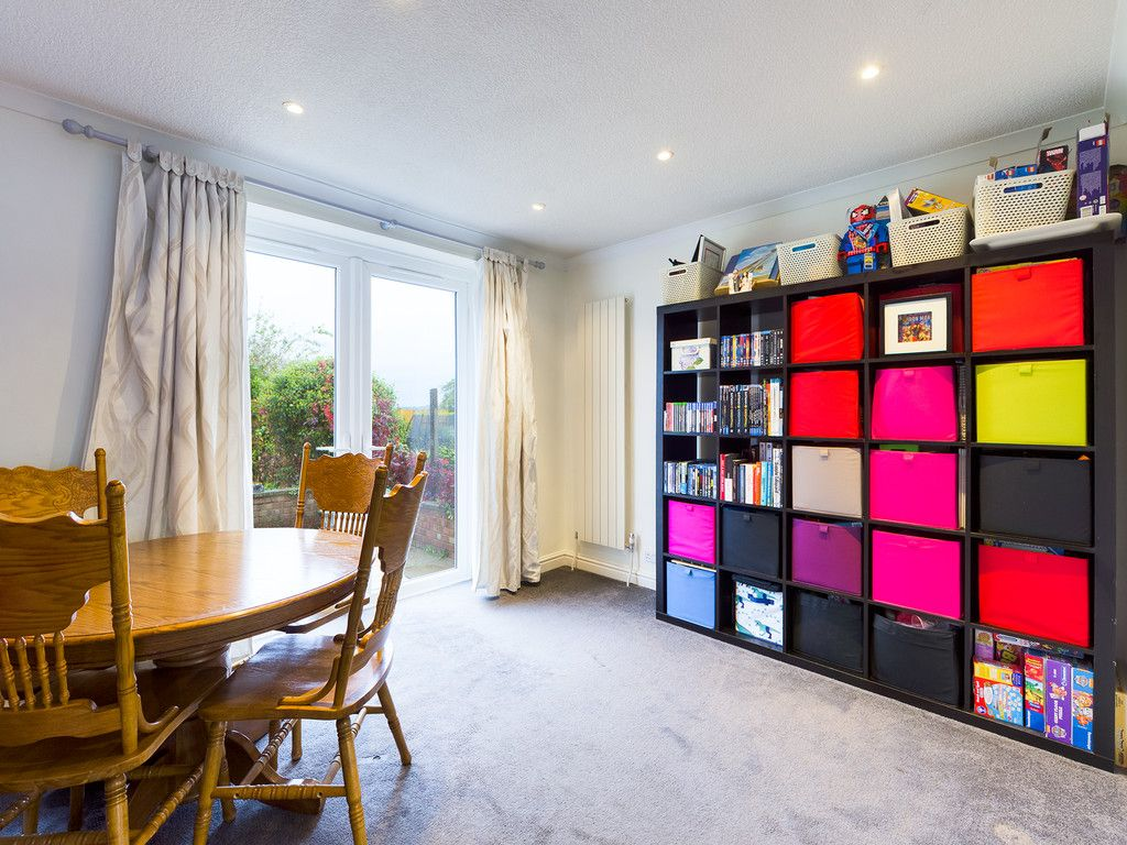 3 bed house for sale in Wingate Avenue, High Wycombe 6