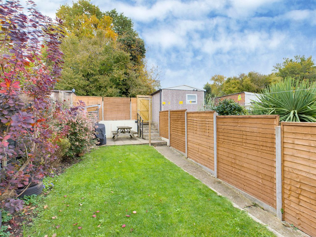 3 bed house for sale in London Road, High Wycombe 3