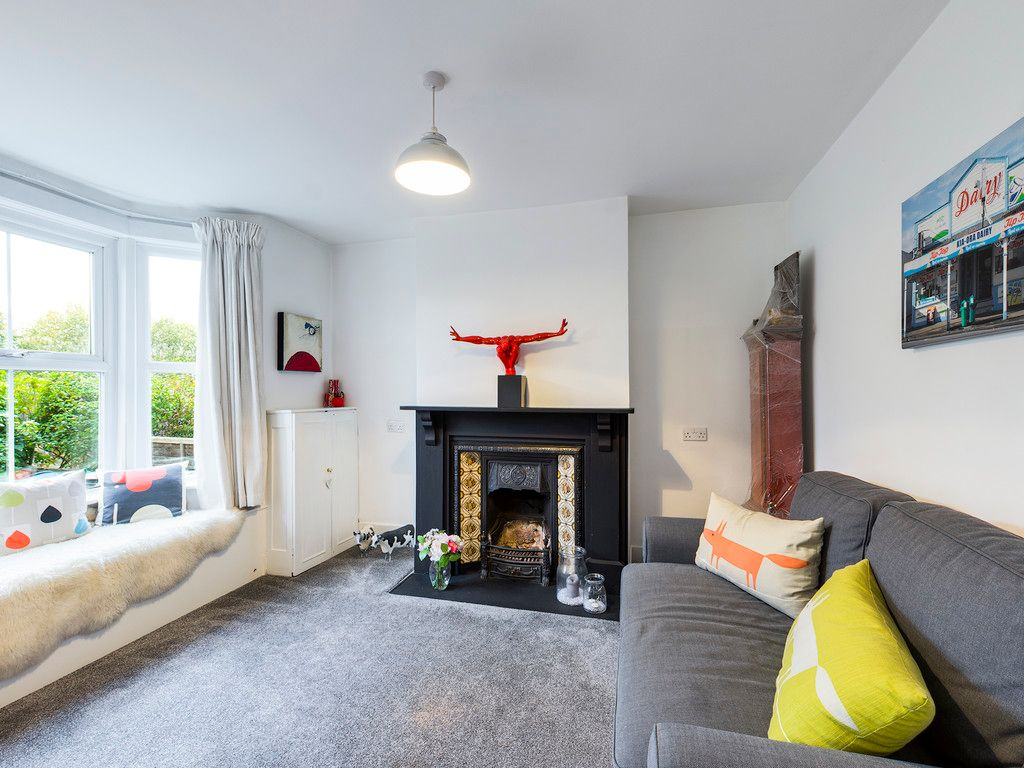 3 bed house for sale in London Road, High Wycombe 9