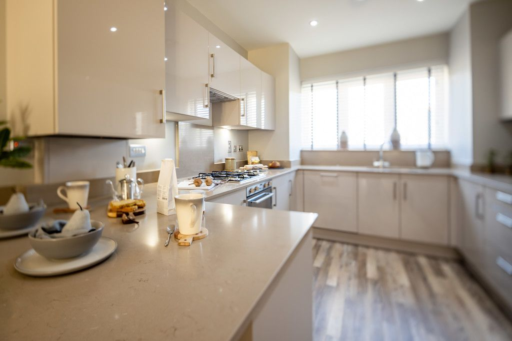 4 bed house for sale in Kite Meadows, Princes Risborough  - Property Image 9