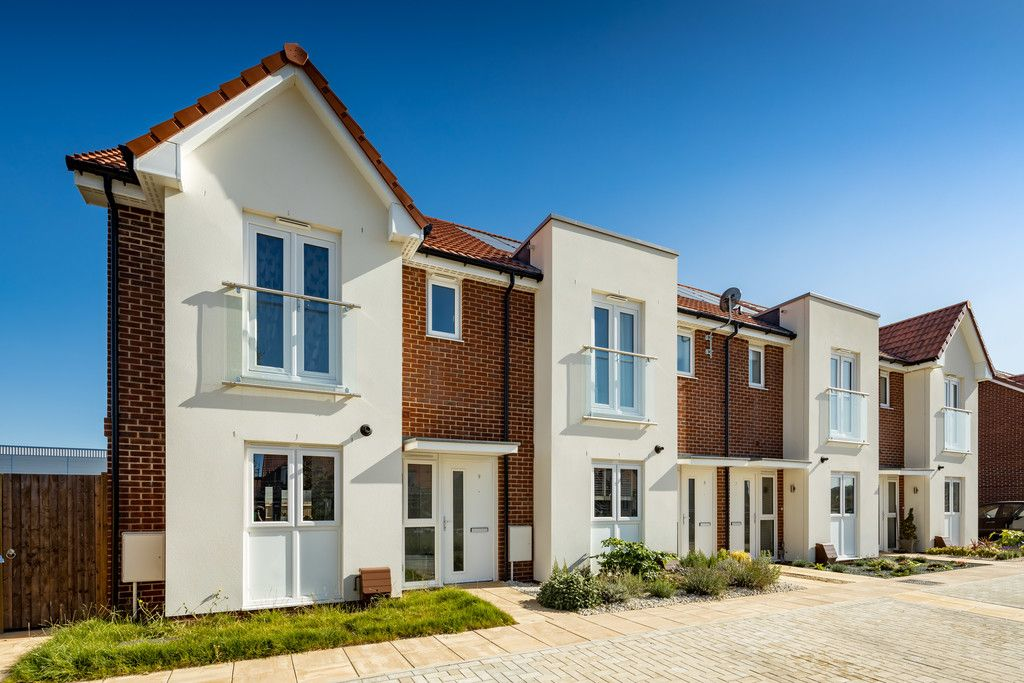 4 bed house for sale in Kite Meadows, Princes Risborough, HP27