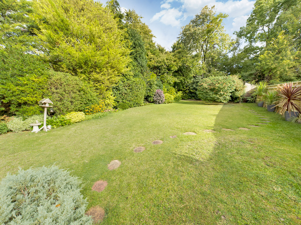 4 bed house for sale in Green Hill, High Wycombe  - Property Image 3