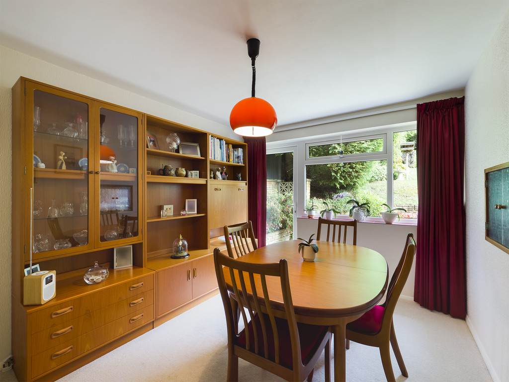 4 bed house for sale in Green Hill, High Wycombe  - Property Image 5