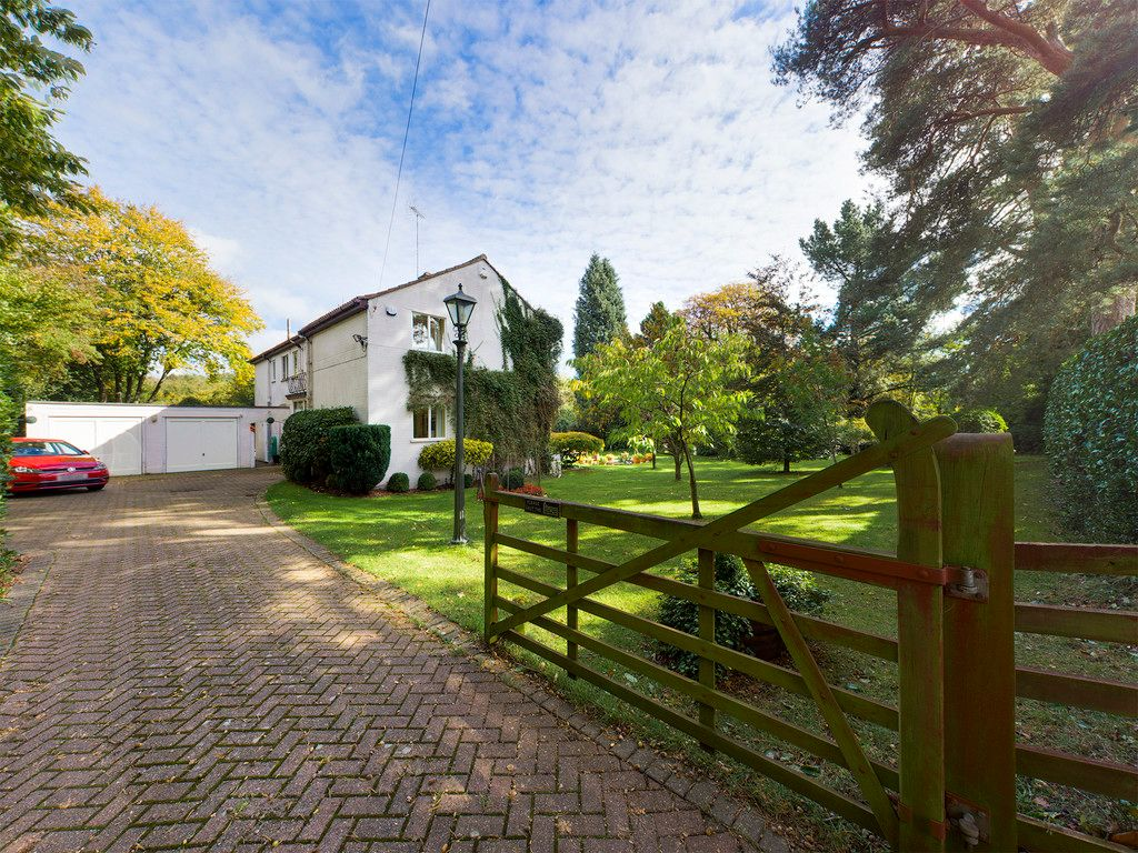 5 bed house for sale in Wycombe Road, Prestwood  - Property Image 16