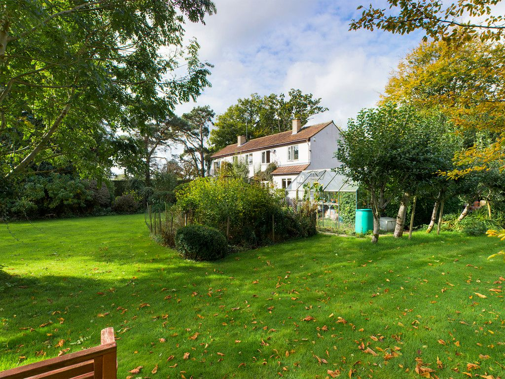5 bed house for sale in Wycombe Road, Prestwood 17