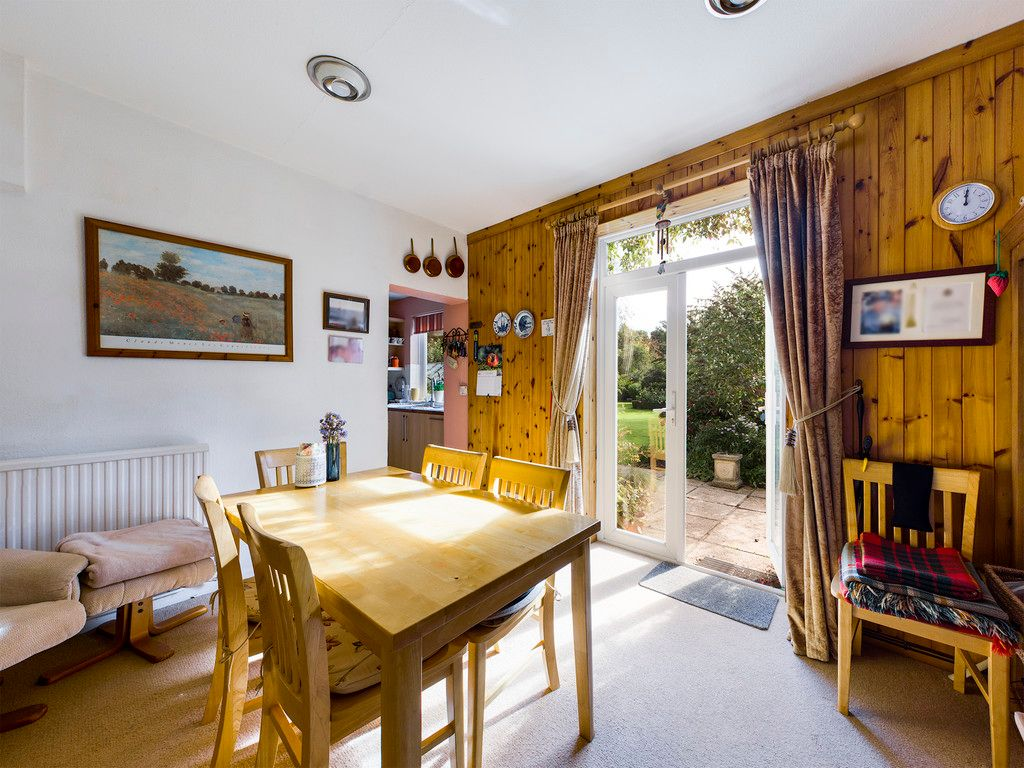 5 bed house for sale in Wycombe Road, Prestwood 7