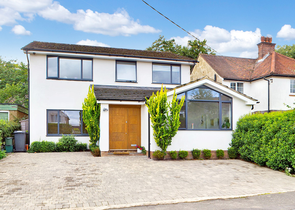 4 bed house for sale in St. Johns Avenue, Penn, High Wycombe, HP10