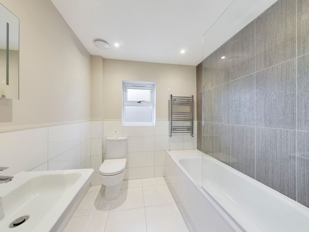 1 bed flat to rent, HP11