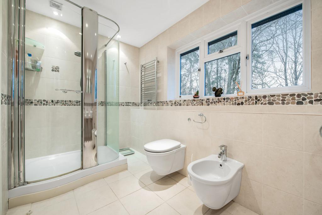 5 bed house for sale in Spruce Dene, Hazlemere  - Property Image 12