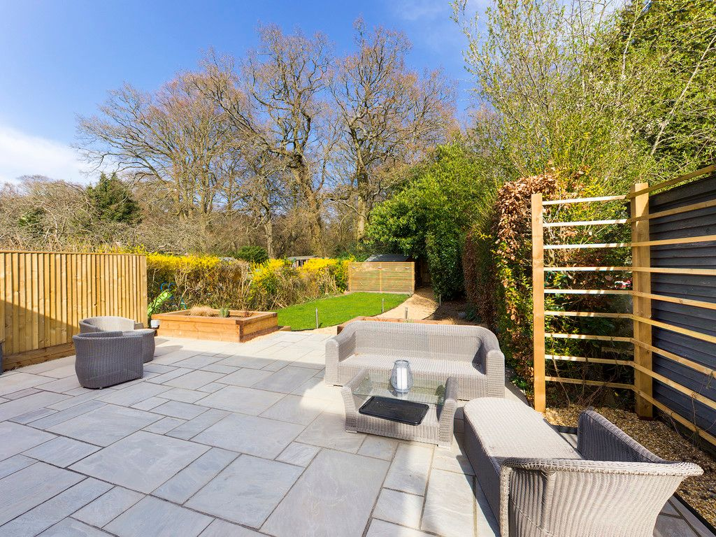 4 bed house for sale in Fennels Way, Flackwell Heath  - Property Image 3