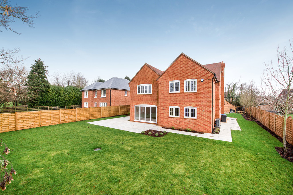 5 bed house for sale in Studridge Lane, Speen  - Property Image 3