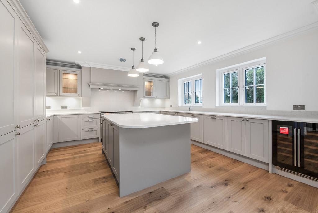 5 bed house for sale in Studridge Lane, Speen 4