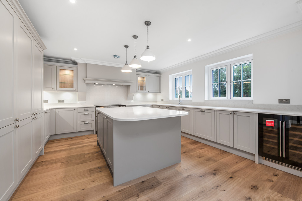 5 bed house for sale in Studridge Lane, Speen  - Property Image 4