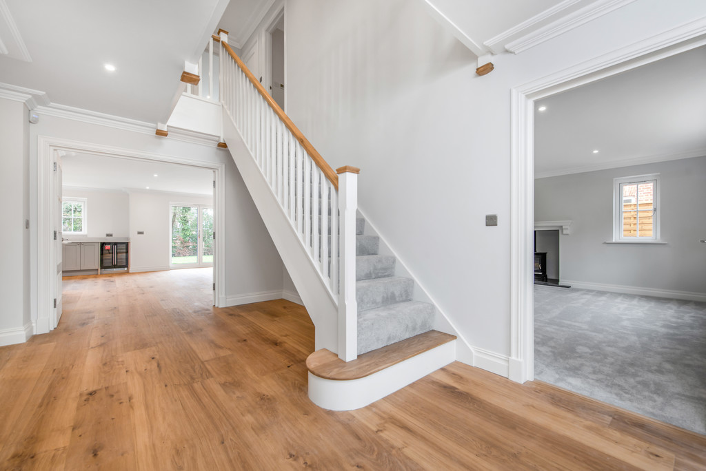5 bed house for sale in Studridge Lane, Speen  - Property Image 9