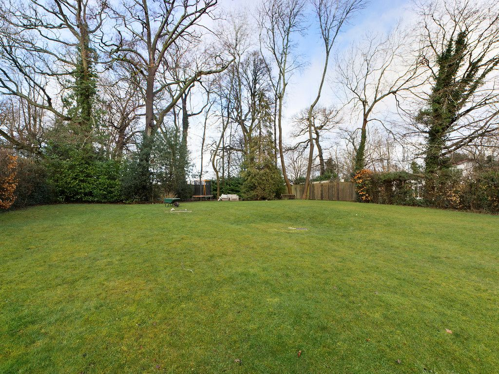 1 bed flat for sale in Diamond Court, Hazlemere 14