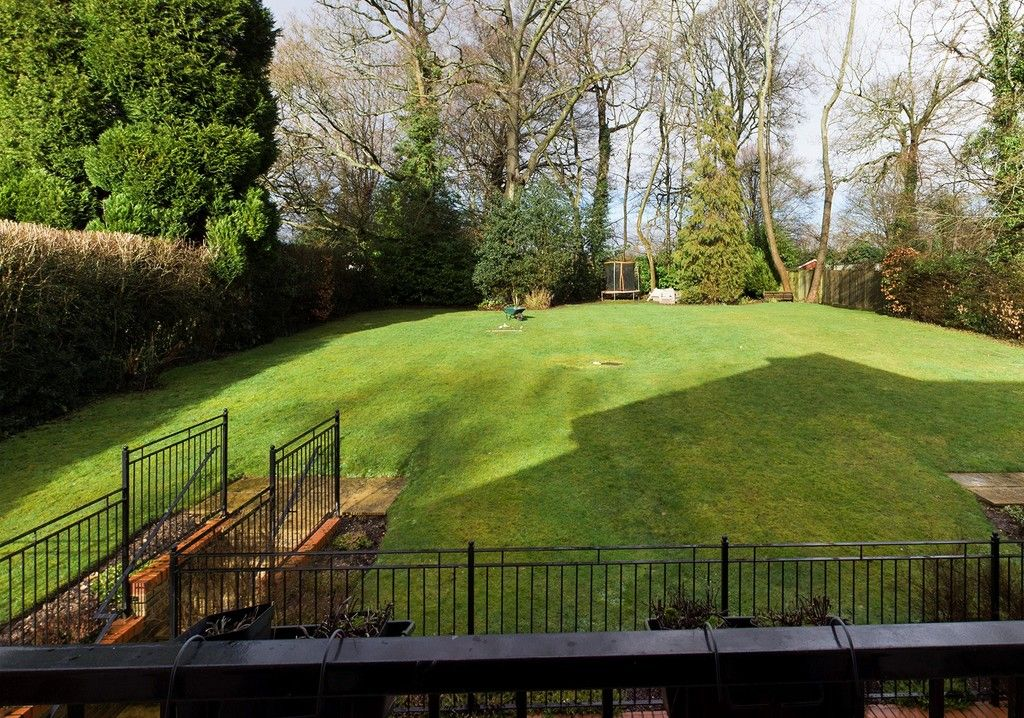 1 bed flat for sale in Diamond Court, Hazlemere  - Property Image 3