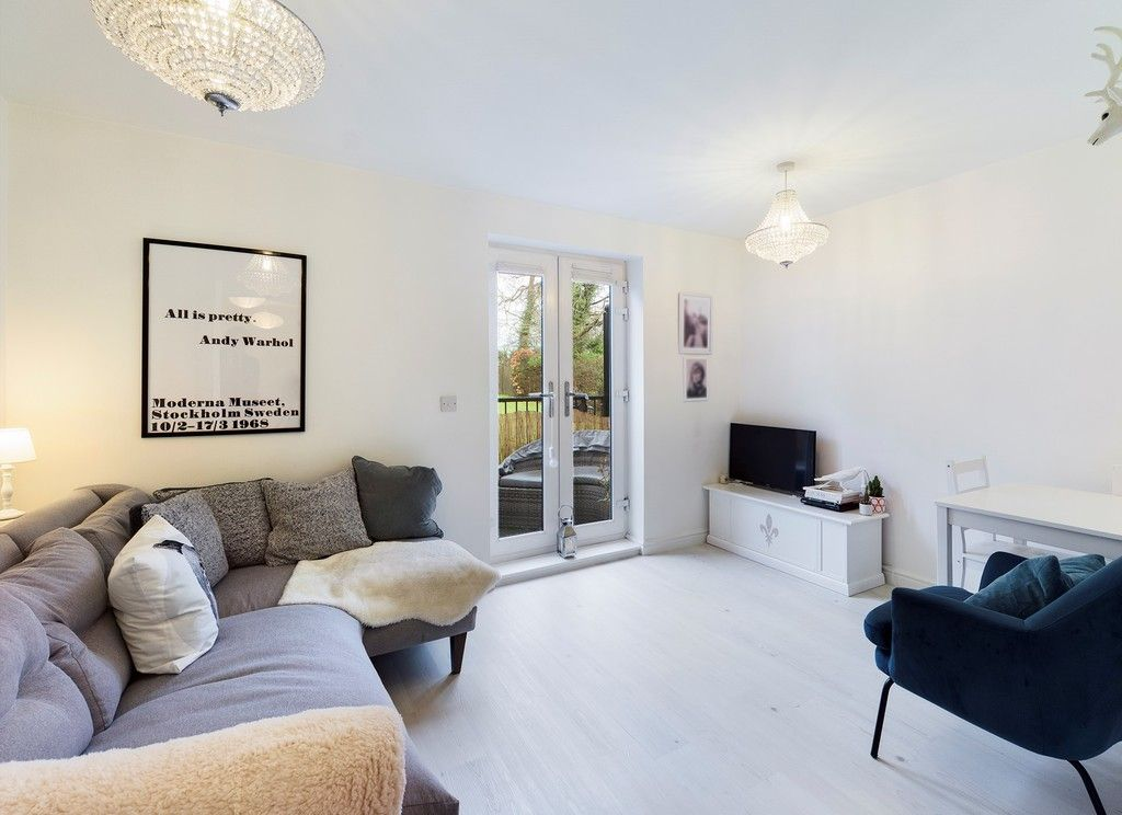 1 bed flat for sale in Diamond Court, Hazlemere  - Property Image 5