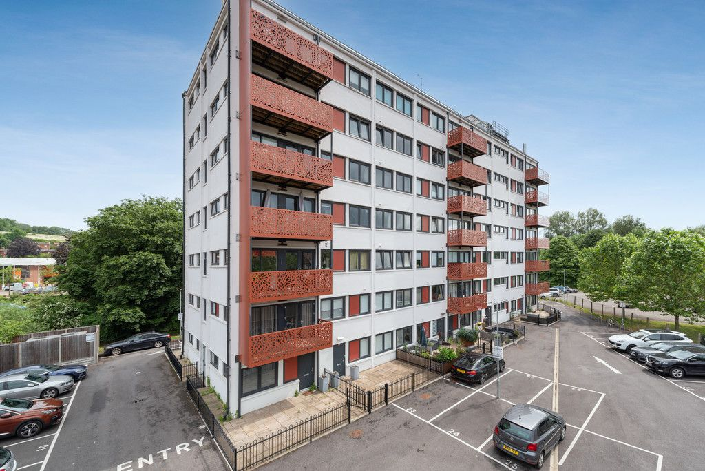 1 bed flat for sale in Westfields House, London Road 13