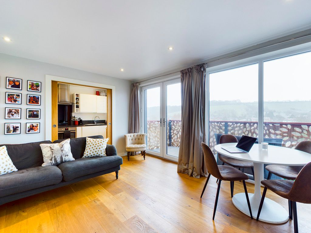 1 bed flat for sale in Westfields House, London Road 4