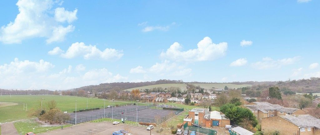 1 bed flat for sale in Westfields House, London Road 6