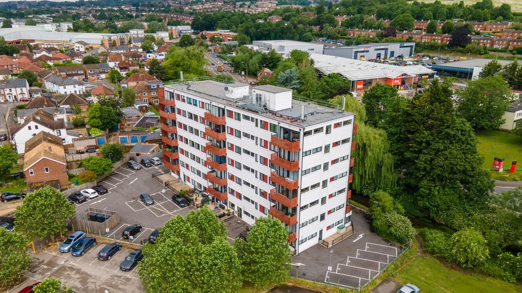 1 bed flat for sale in Westfields House, London Road 8